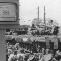 5_T-64_198905_Abzug_JB