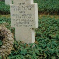 StGBrig_242_Soldatenfriedhof_Cassino_1990